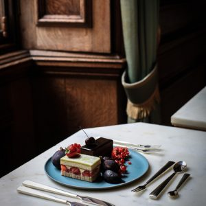 Cake and Cutlery